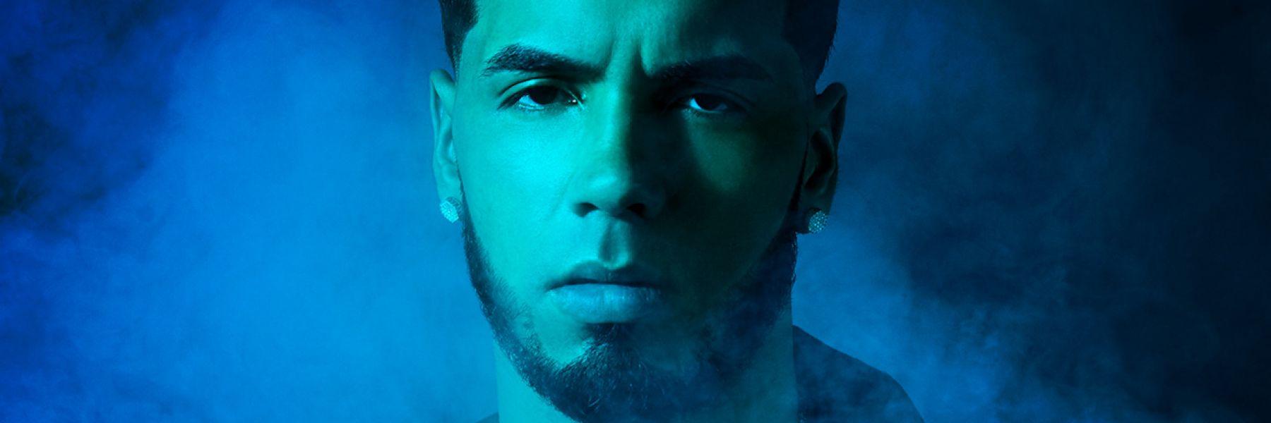Der puerto-ricanische Reggaeton- und Trap-Sänger Anuel AA gehört zu den Shooting Stars des Genres und katapultierte sich in wenigen Jahren in deren Top 10.