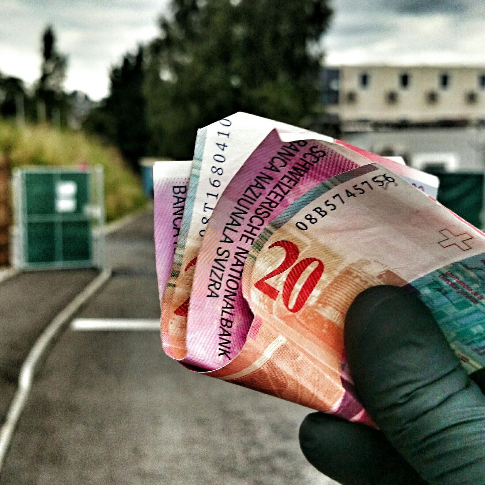 strichplatz geld