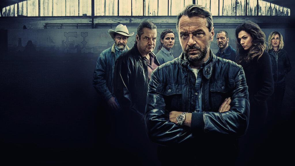 Ferry zählt zu den größten Ecstasy-Produzenten der Welt. Er lebt ein beschauliches Leben an der niederländisch-belgischen Grenze. Aber die Dinge beginnen sich zu ändern, als zwei Undercover-Agenten probieren, in sein Terrain einzudringen.