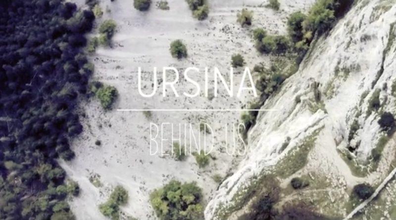 Ursina: Behind US