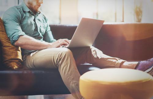 Fernarbeit, Homeoffice, Smart-Working: Aufgrund der jüngsten Ereignisse greifen immer mehr Unternehmen darauf zu.
