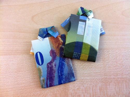 Hemd aus Geldschein falten
