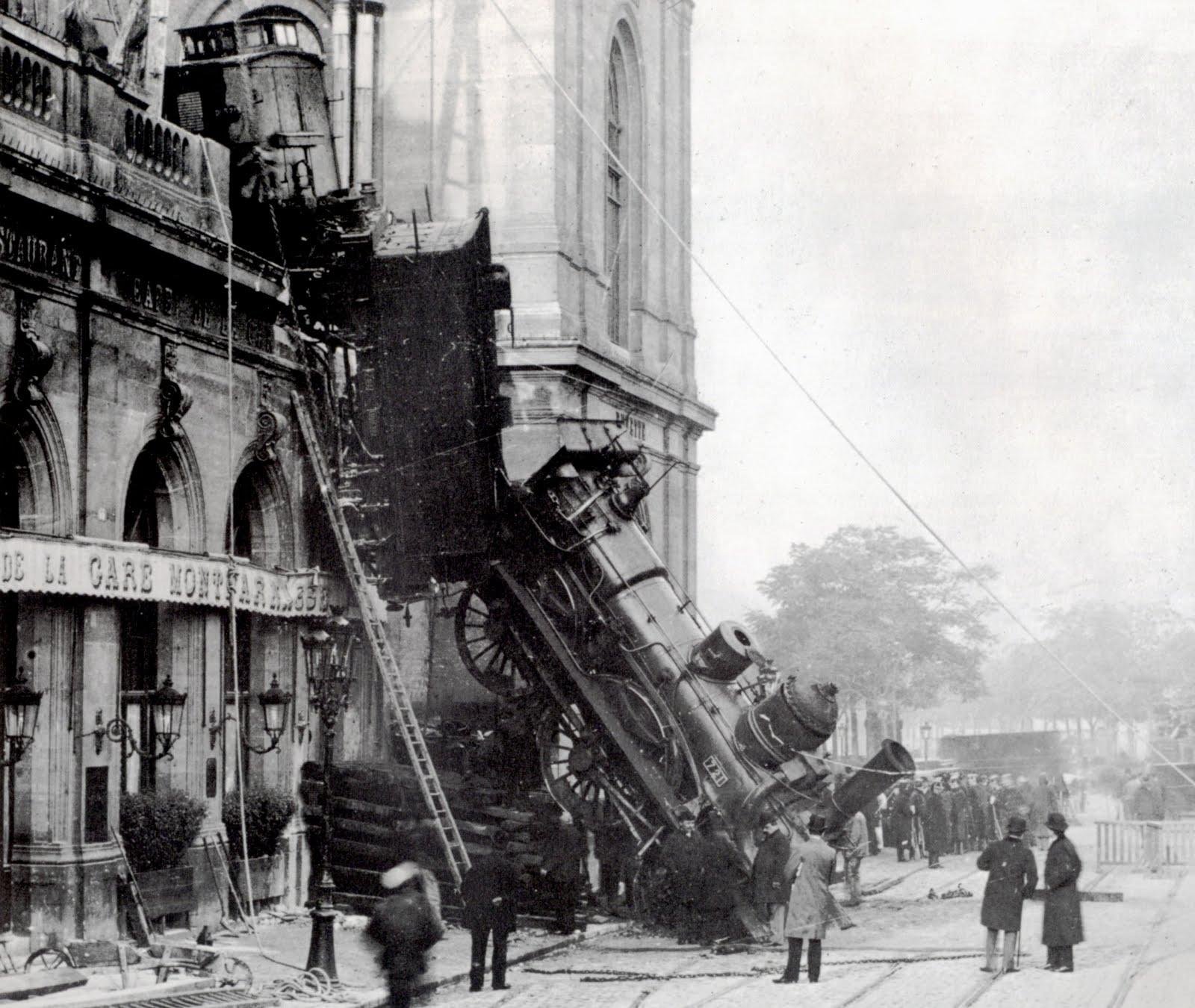 historical-photos-pt4-train-derail