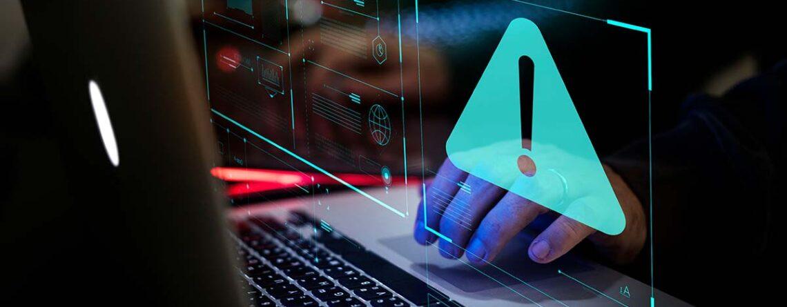 Was bezeichnet man als verdächtiges Verhalten im Cybersecurity-Umfeld?